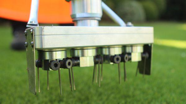 clean maintenance artificial grass topkeeper