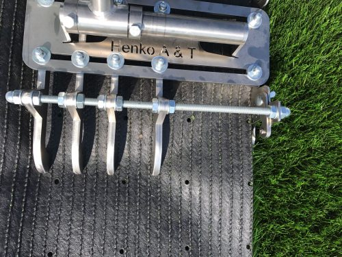 Knife Cutting Synthetic Grass Joint Seam Installation